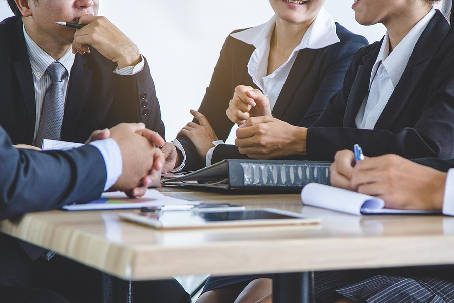 What Makes a Great HOA Board Member?
